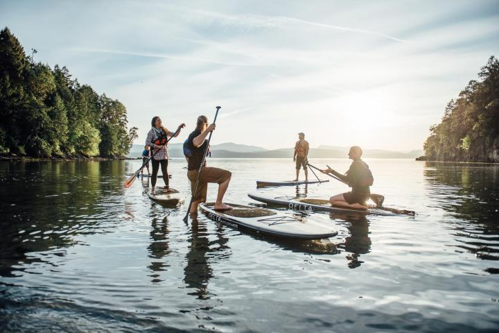 stand up paddleboarding lessons sup instruction sunset pender island by pender island kayak adventures